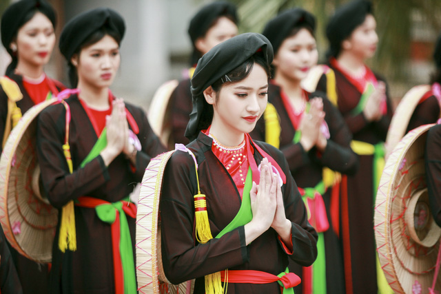Ao tu than, traje tradicional de Vietnam - Asiatca Travel - 1